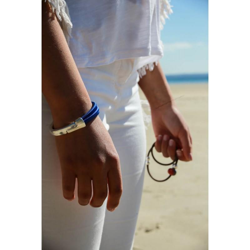 Bracelet gros aimant croisé